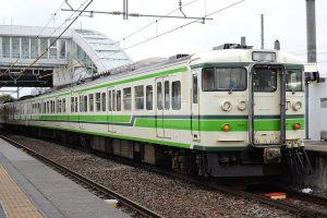 【TOMIX】115系1000番台(旧新潟色)再生産