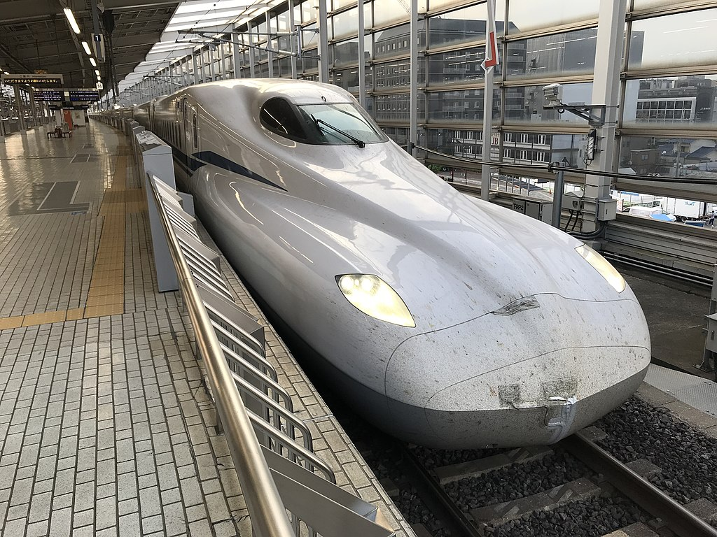 N700S 東海道・山陽新幹線(Photo by: Hahifuheho / Wikimedia Commons / パブリックドメイン )※画像の車両は商品と仕様が異なる場合があります