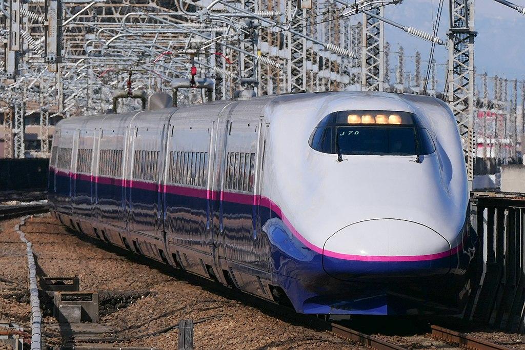 E2系1000番台(Photo by:MaedaAkihiko / Wikimedia Commons / CC-BY-SA-4.0)※画像の車両は商品とは仕様が異なることがあります