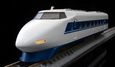 【TOMIX】ファーストカーミュージアム 100系東海道・山陽新幹線 ひかり 発売