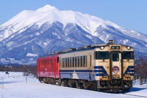 キハ40系 五能線(Photo by:MaedaAkihiko / Wikimedia Commons / CC-BY-SA-4.0)※画像の車両は商品とは仕様が異なることがあります